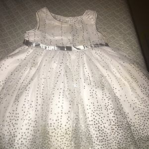 Wedding like dress for baby girls